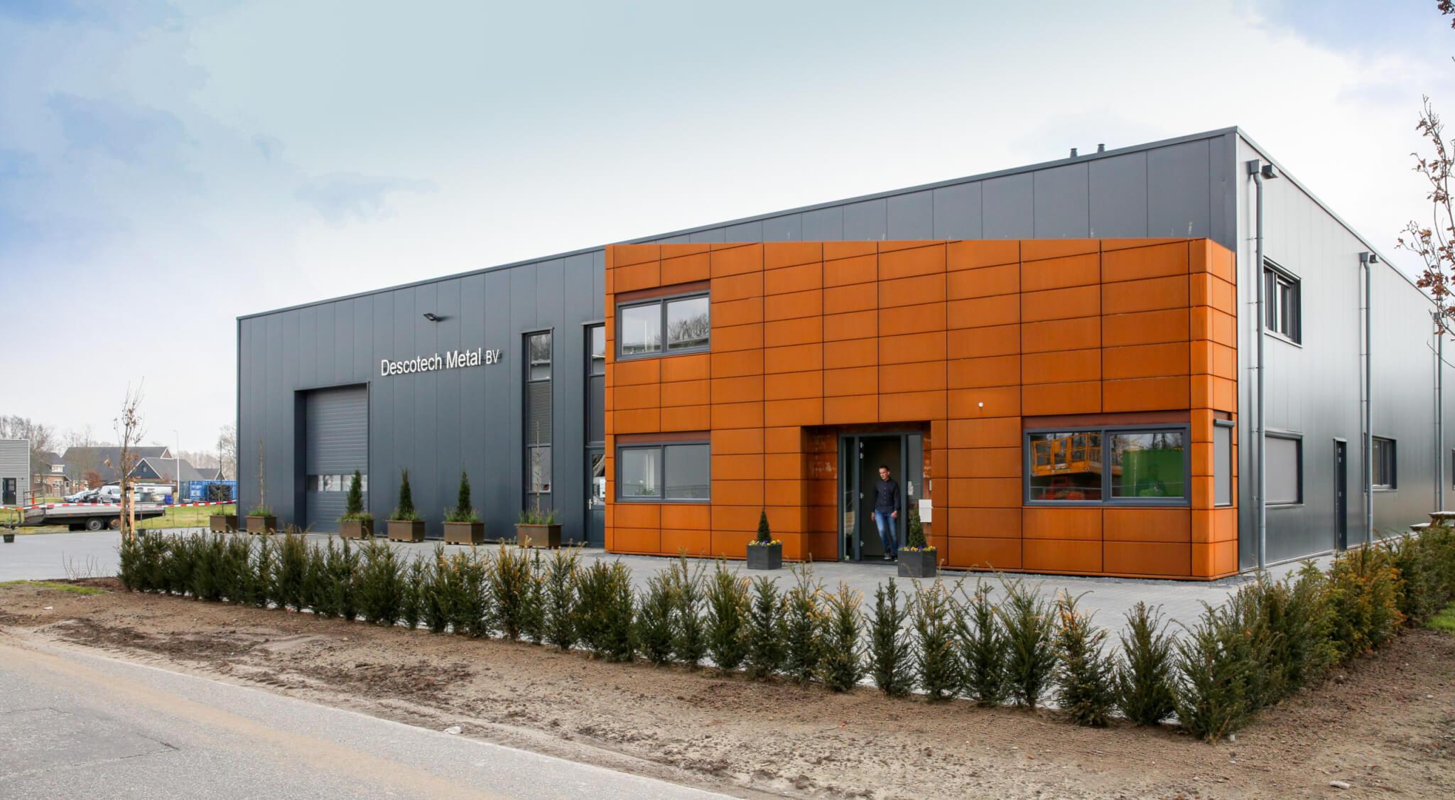 Descotech Metal B.V-Twente-engineering-plaatbewerking-apparatenbouw-machinebouw.